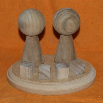 http://cortinadosluft.com.br/101-176-thickbox/casal-de-bonecos-de-madeira-cru-de-11cm-top-de-bolo-decoracao-schutzs.jpg