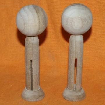 http://cortinadosluft.com.br/102-177-thickbox/casal-de-bonecos-de-madeira-cru-de-11cm-top-de-bolo-decoracao-schutzs.jpg
