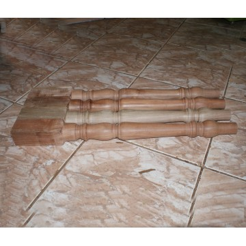 http://cortinadosluft.com.br/111-209-thickbox/pe-de-mesa-torneado-em-madeira-balustre-.jpg