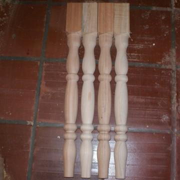 http://cortinadosluft.com.br/112-211-thickbox/pe-de-mesa-torneado-em-madeira-balustre-.jpg