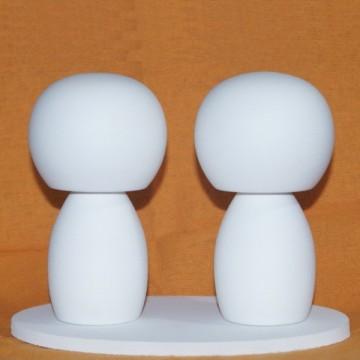 http://cortinadosluft.com.br/16-159-thickbox/noivinhos-topo-de-bolo-artesanato-em-madeira.jpg