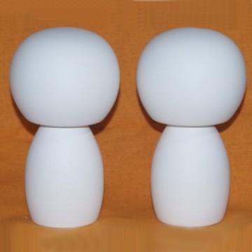 http://cortinadosluft.com.br/87-157-thickbox/casal-de-bonecos-de-mdf-com-fundo-.jpg