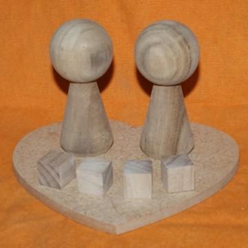 http://cortinadosluft.com.br/93-167-thickbox/noivinhos-topo-de-bolo-artesanato-em-madeira-boneco-de-madeira.jpg